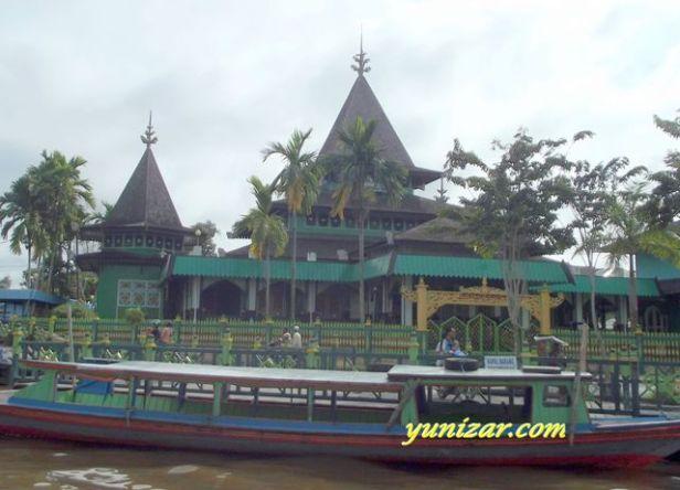 The Oldest Mosque,  Sultan Suriansyah Mosque