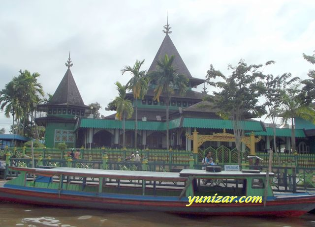 The Oldest Mosque,  Sultan Suriansyah Mosque